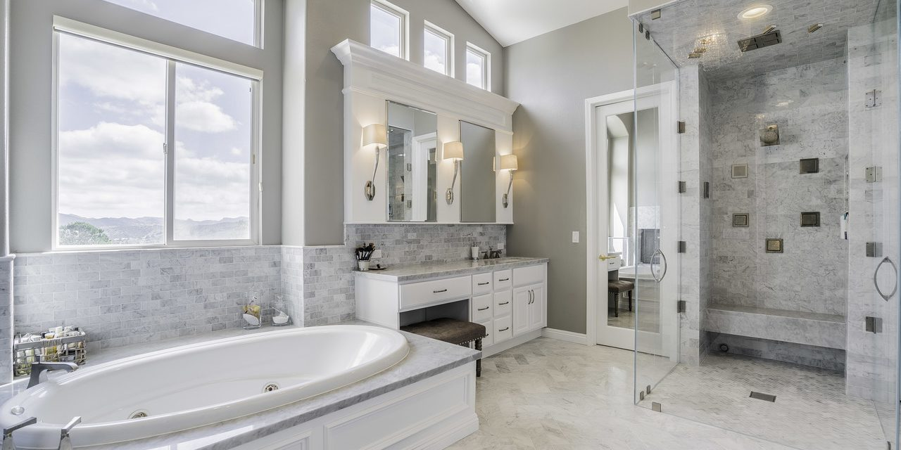 https://fbrconstruction.com/wp-content/uploads/2021/10/Avoid-these-9-Common-bathroom-remodeling-mistakes-is-to-save-more-money-1280x640.jpg
